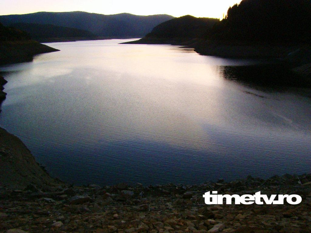 transalpina-lacul-de-acumulare-vidra-poteca-dracului-drumul-regelui