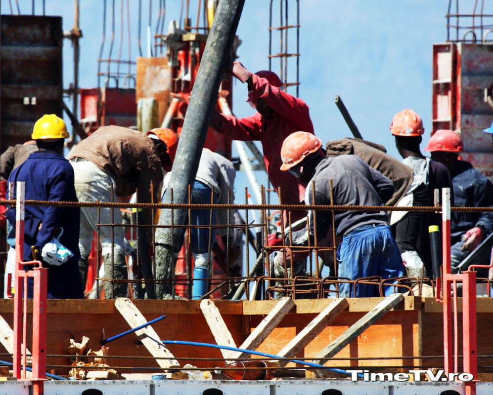 londra-piața-muncii-timetv-constructori
