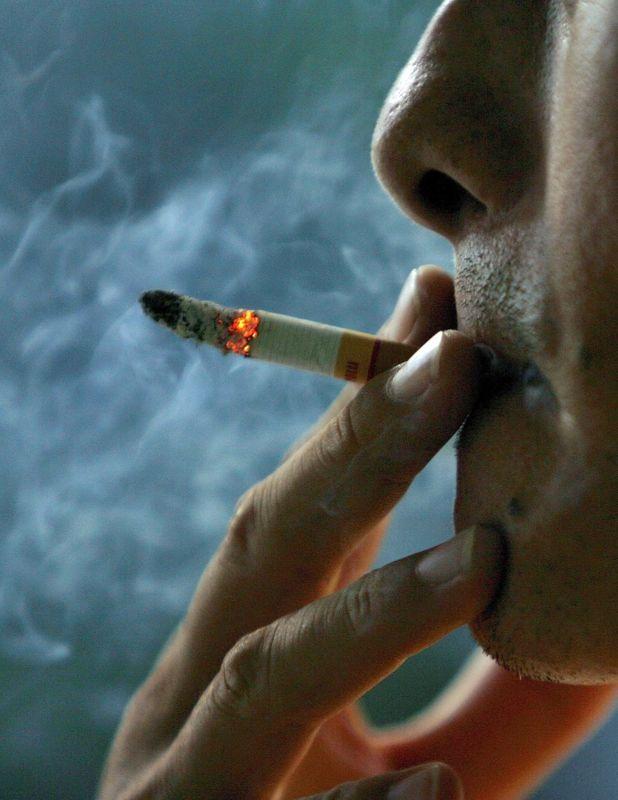 fumatul-afecteaza-negativ-creierul-degradarea-memoriei-incapacitatea-de-a-învăţa-şi-de-a-judeca-timetv-fumatul