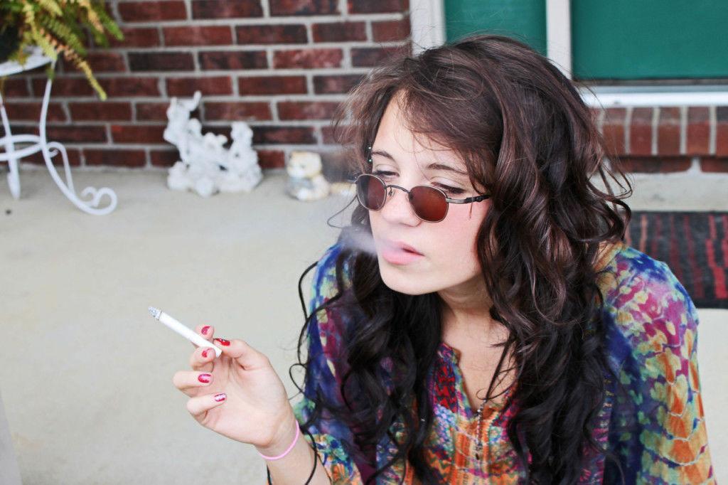 iarba-si-schizofrenie-adolescenti-joint-fumat-gigi-jiji-timetv-spliff-canabis