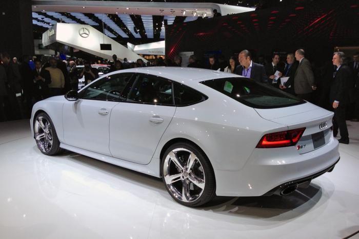 Audi RS7 b
