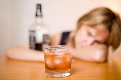 alcol-inainte-sa-ne-culcam