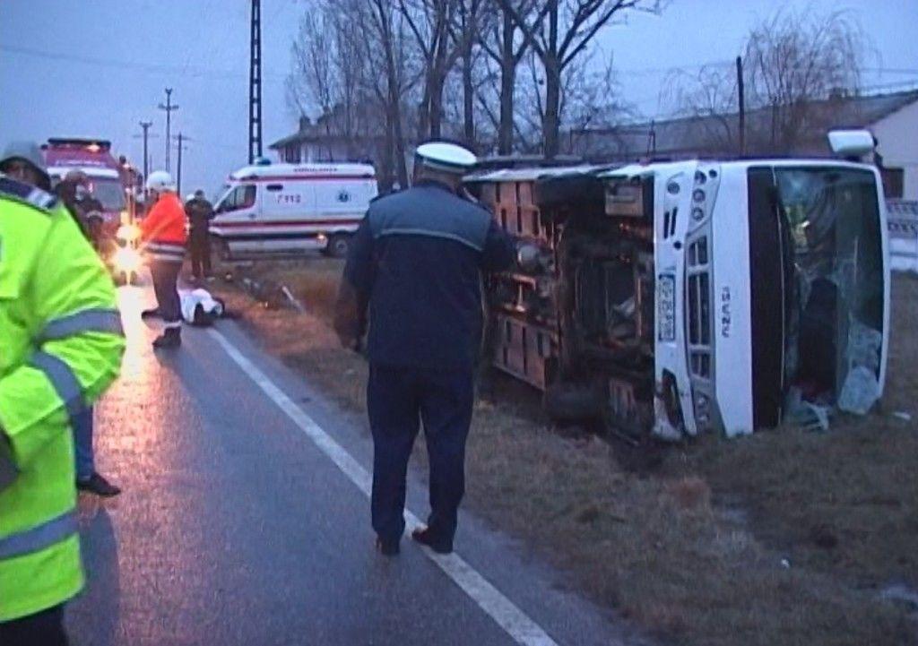 autobuz rasturnat peste biciclist 3