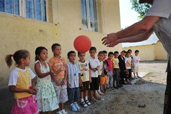 copii romi la scoala