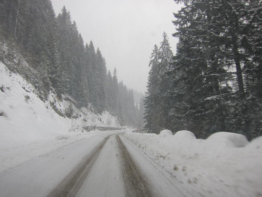 ski-resort-transalpina-voineasa-vidra-obarsia-lotrului-schi-snowboard-romania-oltenia-timetv