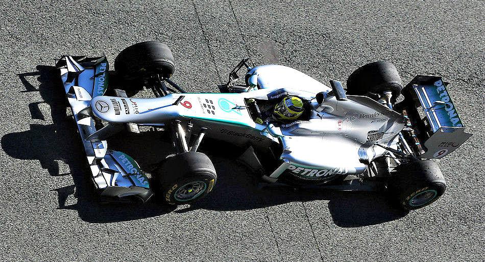 Mercedes F1W04 a