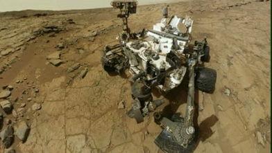 Robotul-Curiosity-a-forat-pe-marte