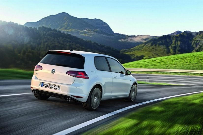 Volkswagen Golf 7 GTI 2