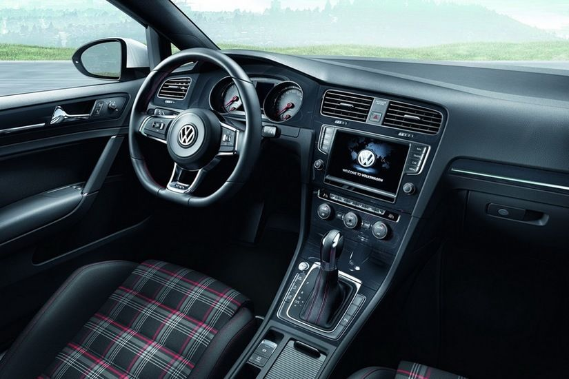 Volkswagen Golf 7 GTI 5