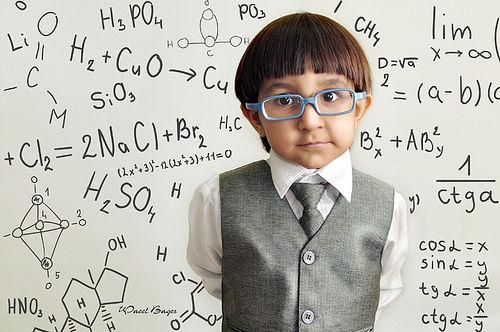 Cat-din-inteligenta-unui-copil-este-mostenita-de-la-parinti