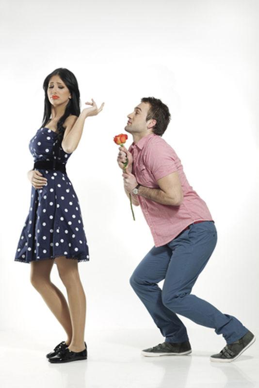 barbatii-mai romantici-decat-femeile-time-tv