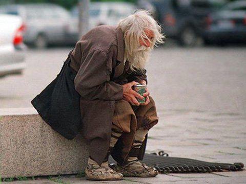 bunicul-cersetor-dobri-Bătrânul