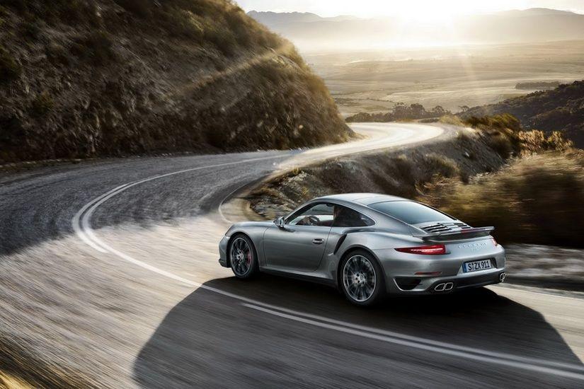 Porsche 911 Turbo si Turbo S