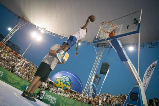 Concurs de slam dunk Wizz Air Sport Arena Streetball Piata Constitutiei 2
