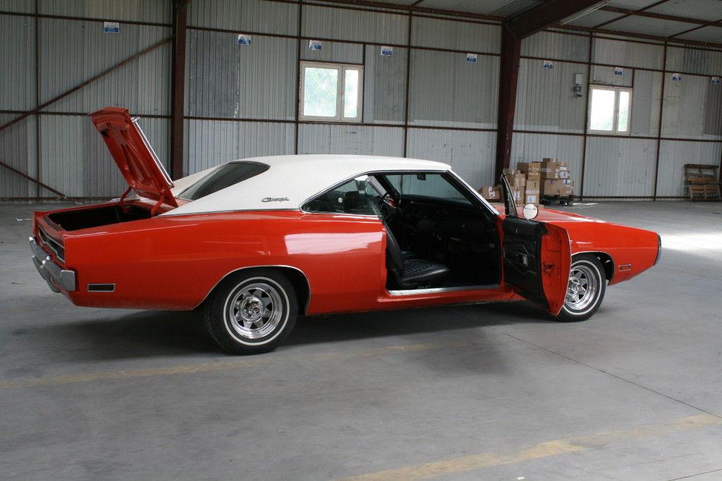 Dodge Charger 500 383 V8 1970 c