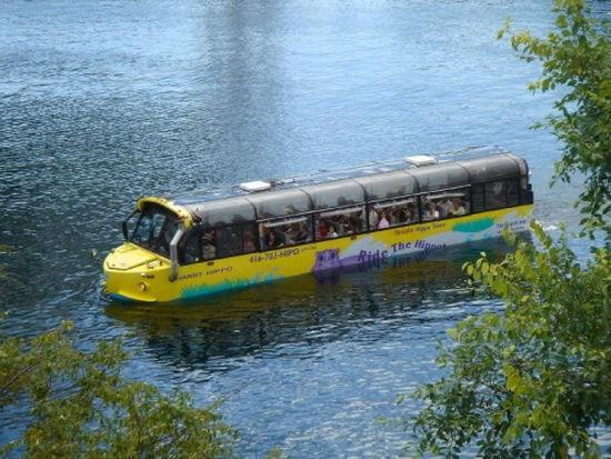 autobuz pe apa canada-timetv