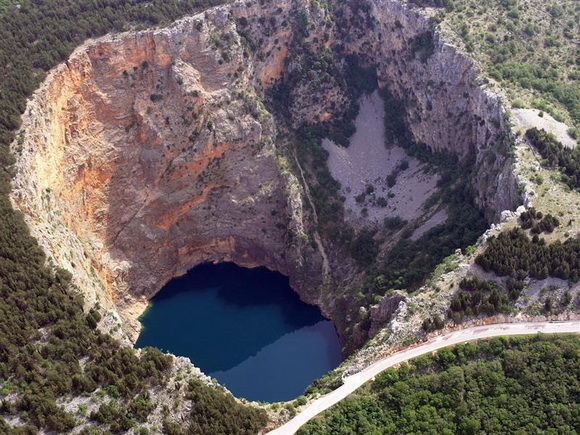 lacul rosu-croatia-timetv