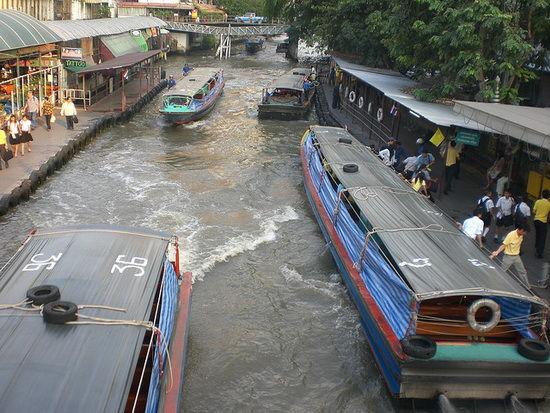 taxi pe apa tailanda-timetv