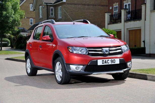 Dacia-Sandero-Stepway-2013-Marea-Britanie