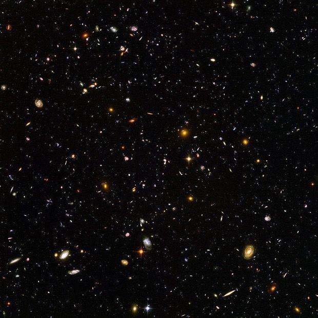 galaxii-spatiu-cosmic-univers